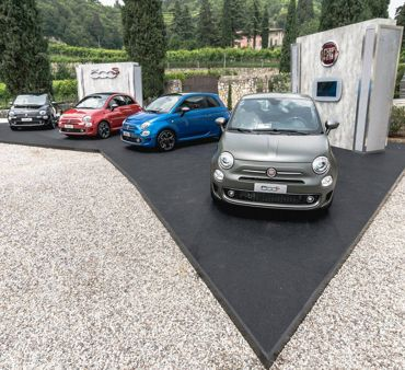 FCA GROUP AT VILLA SPINOSA WITH 500S AND 124 SPIDER