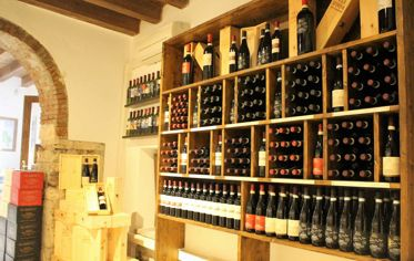 Thre Wineshop